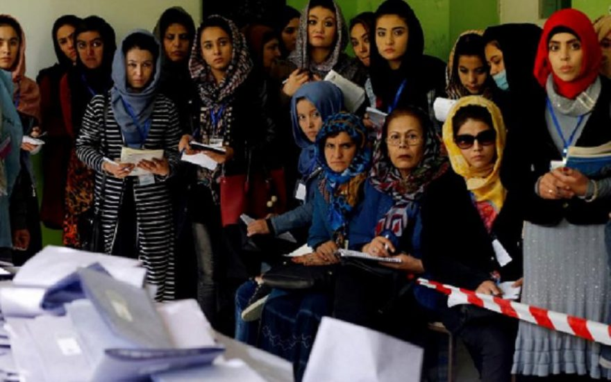 دموکراسی و زنان