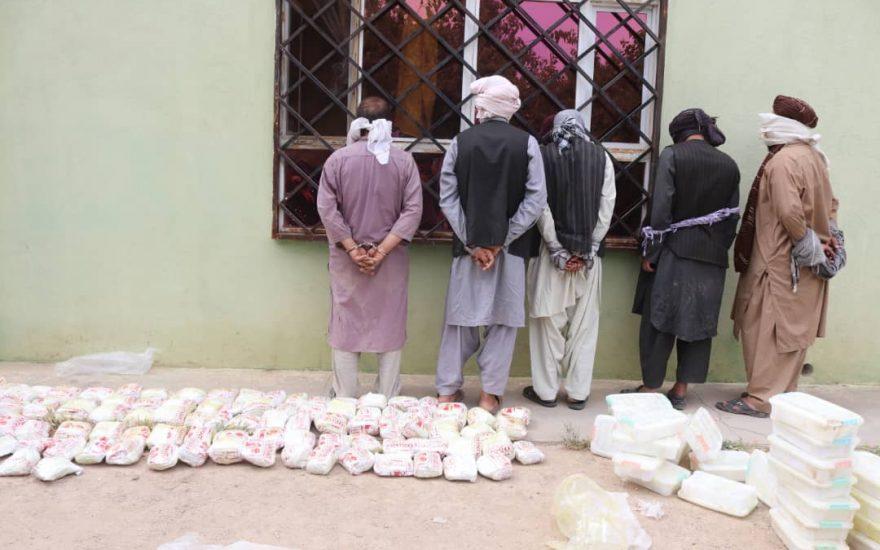 قاچاق مواد مخدر بازداشت
